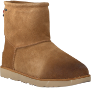UGG Bottillons CLASSIC TOGGLE WATERPROOF en cognac